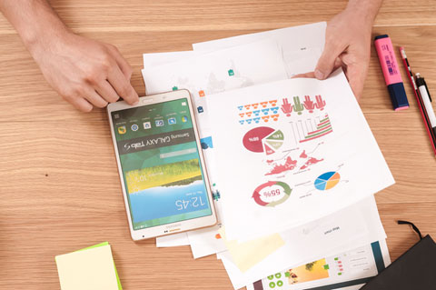 business analytics and reports on company financial health
